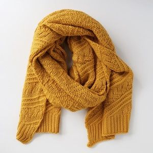 Lulu's Accessories - NWT lulus yellow knitted long scarf 🌸❤️